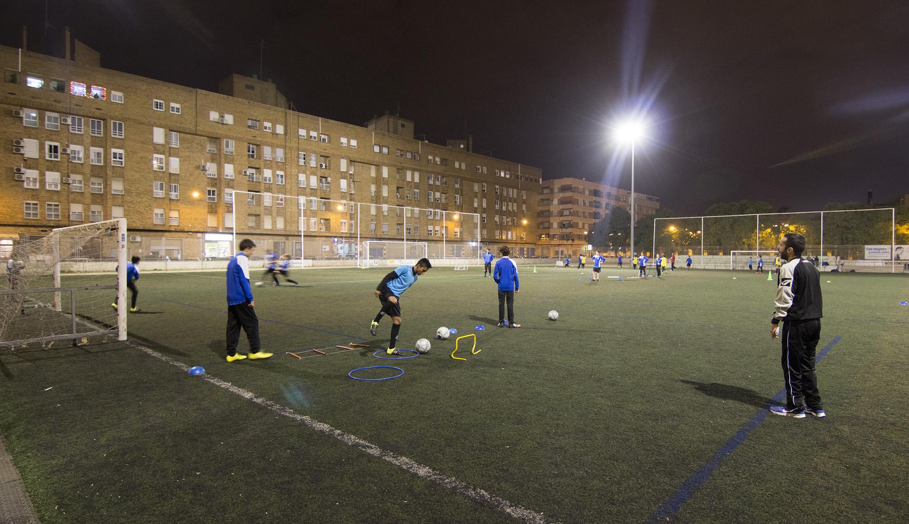 Campo de f tbol malvarrosa 4 fundaci n deportiva - Campo de futbol del valencia ...
