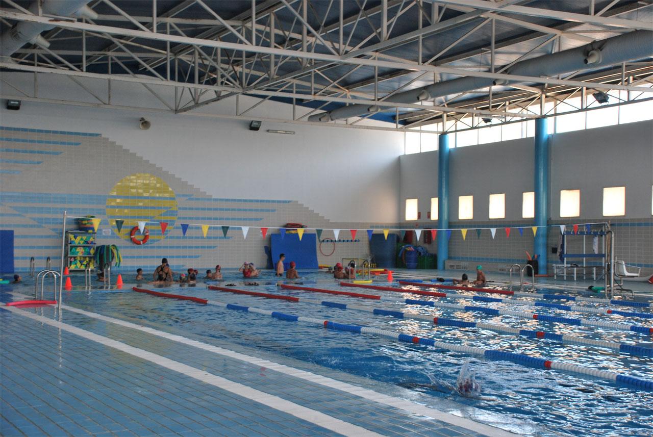 torna l 39 activitat a la piscina de font de sant llu s