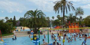 Amb la calor, vine a refrescar-te a les nostres piscines a l'aire lliure