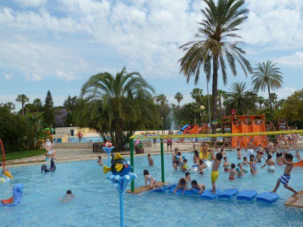 Con el calor, ven a refrescarte en nuestras piscinas al aire libre