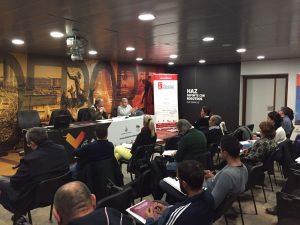 Momento de uno de los talleres fiscales para clubes deportivos impulsados por la FDM