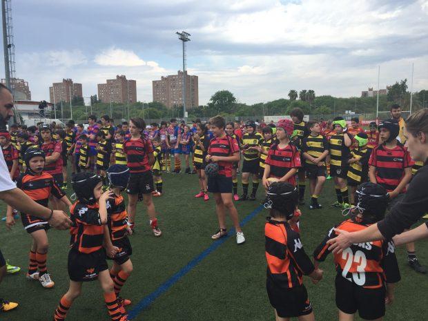 El rugby es un deporte completo para l@s menores