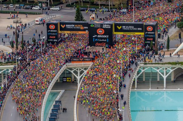 """La """"Fiesta del Maratón"""" involucra a toda la ciudad"""