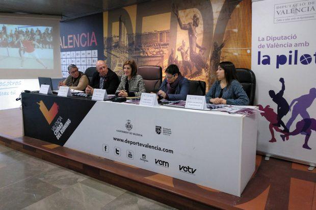«Estas jornadas son una manera de dar visibilidad a las mujeres pilotaris y a nuestro deporte más autóctono», ha señalado Maite Girau.