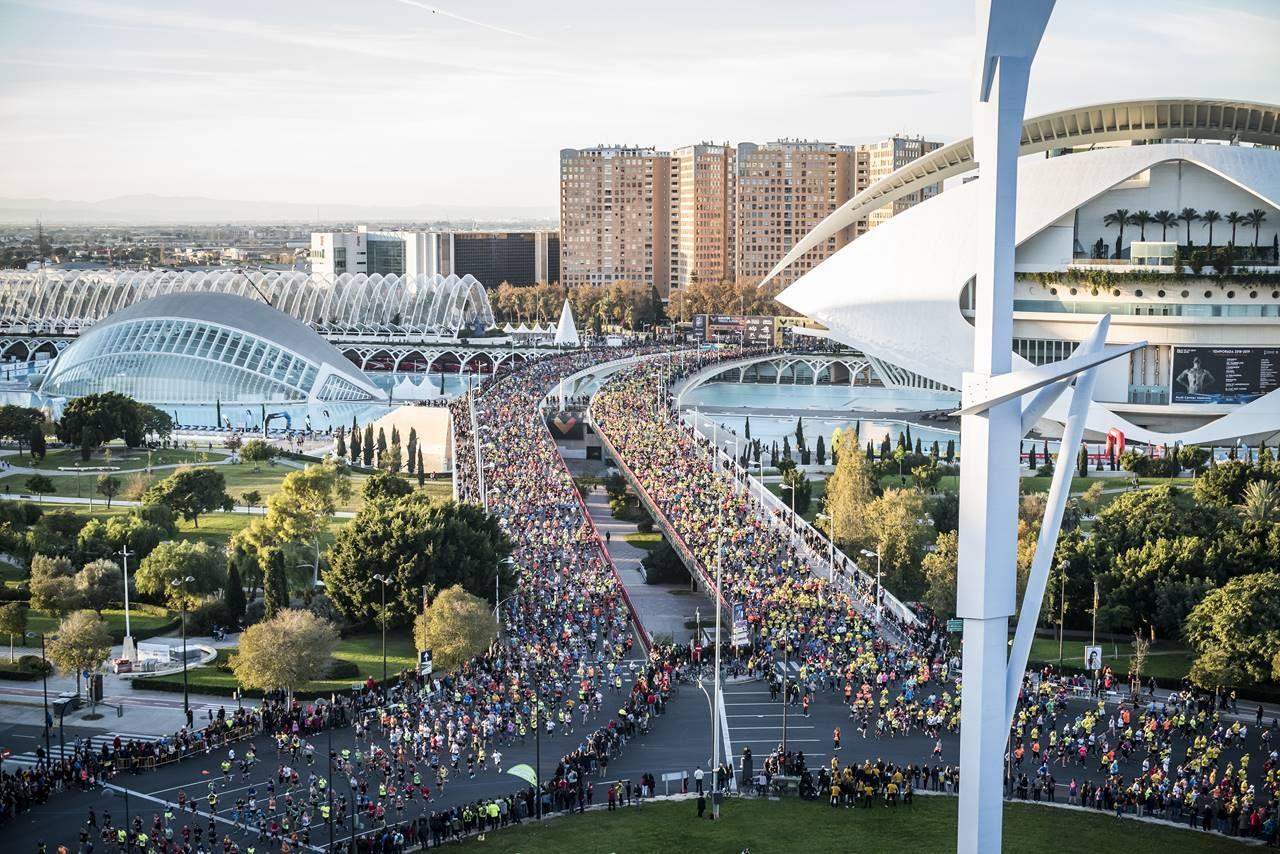 La Organización confirma el deseo de organizar las dos citas con corredores populares y dará a sus inscritos la posibilidad de confirmar plaza para la próxima edición o recuperar el dinero