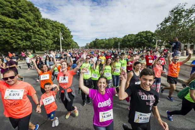 La Volta a Peu València Caixa Popular va congregar en 2019 a més de 10.000 corredors