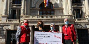 El Circuito De Carreras Populares de València dona 16.019€ a Cruz Roja