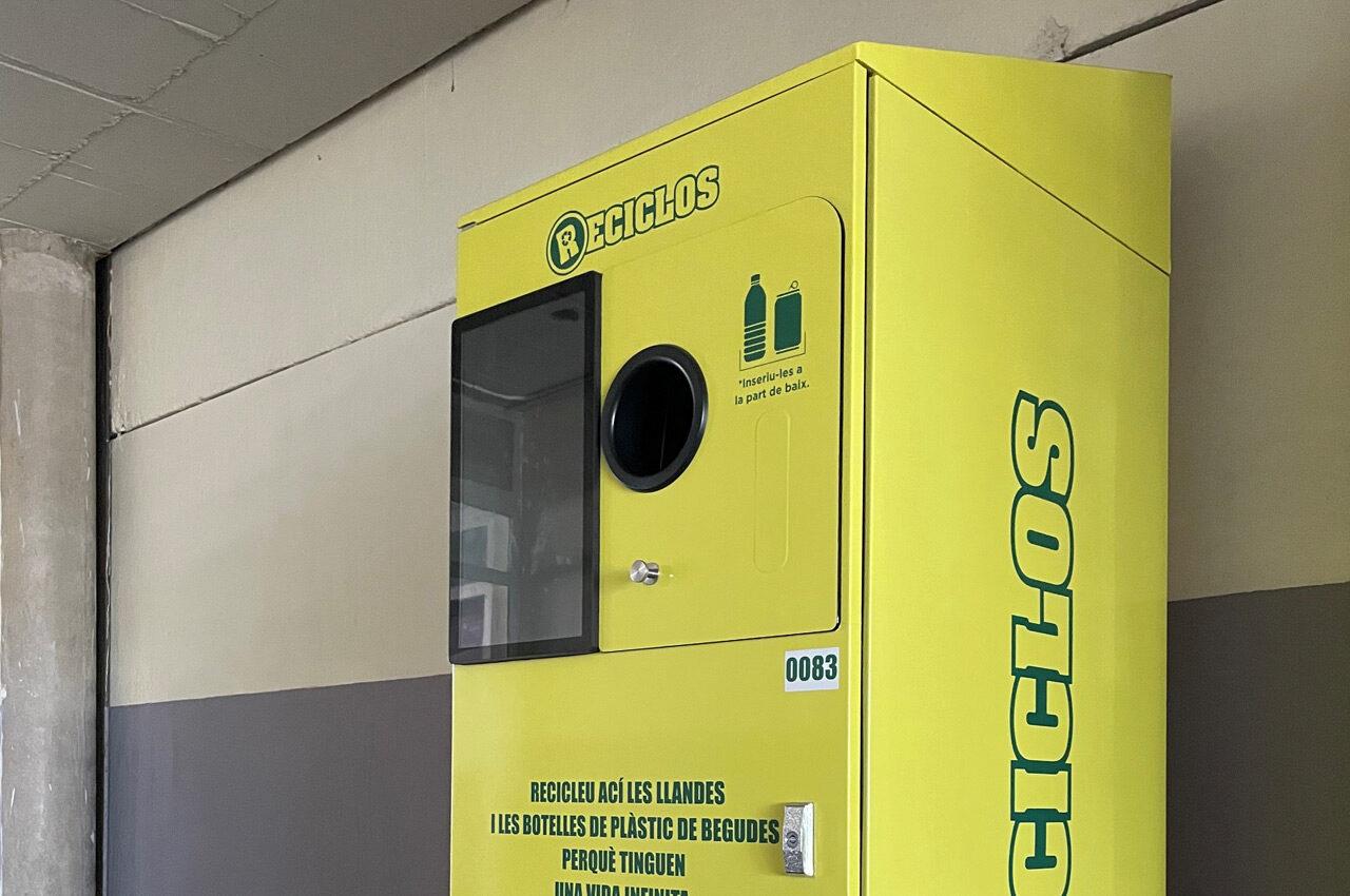 Els aparells SDR estaran operatius en els poliesportius de Benimaclet i Natzaret, el Velòdrom Lluís Puig, l'Estadi del Túria i el camp de futbol de Quatre Carreres