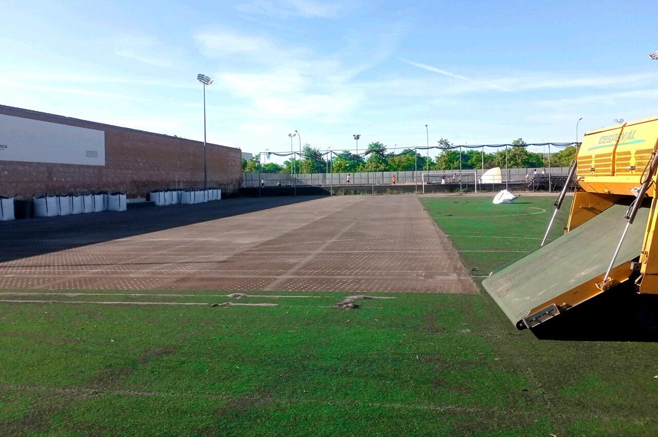 Benimaclet, Quatre Carreres, Doctor Lluch y Verge del Carme Beteró estrenan césped artificial en sus pistas de pádel y fútbol 8.